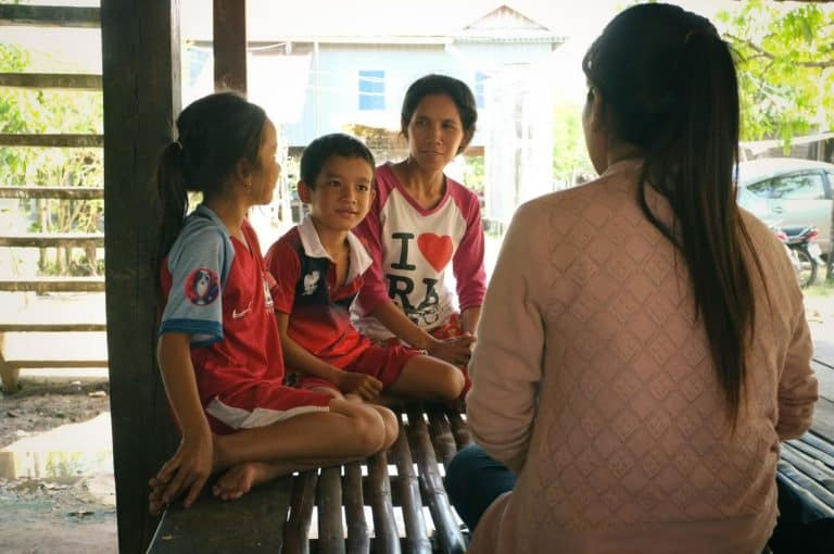 a family in Children in Families Kinship care program chat to their social worker